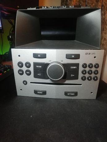 Radio CD30 MP3, wyświetlacz BID, ramka - wylogowane, Astra H, Zafira B