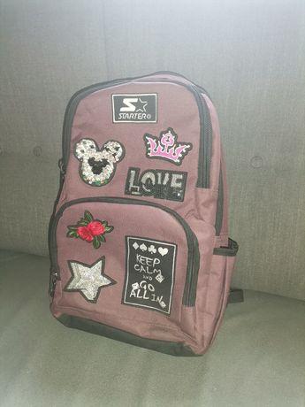 Plecak szkolny Starter bordowy, naszywki. Dużo zdjęć.