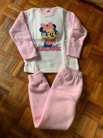 Pijamas polares da minie novos. 2/10 anos.