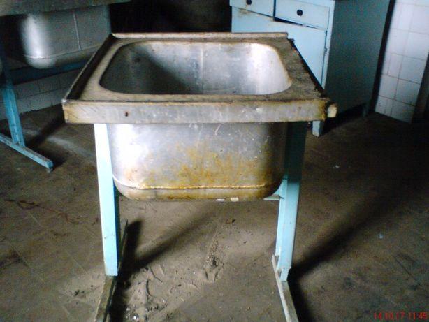 Мойка (раковина) промышленная б/у алюминиевая подставка из стали