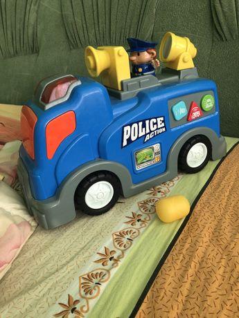 Поліцейська машина. Звук, світло.