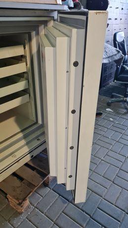 Cofre anti-fogo  640 kg