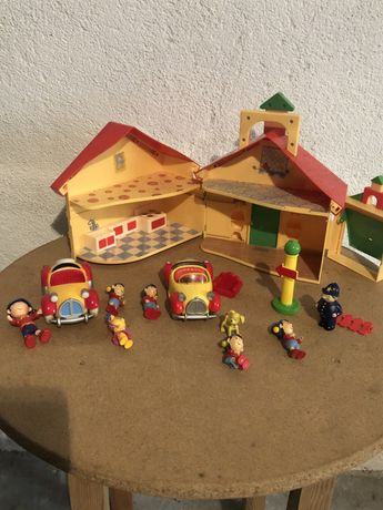 Casa Noddy com acessorios