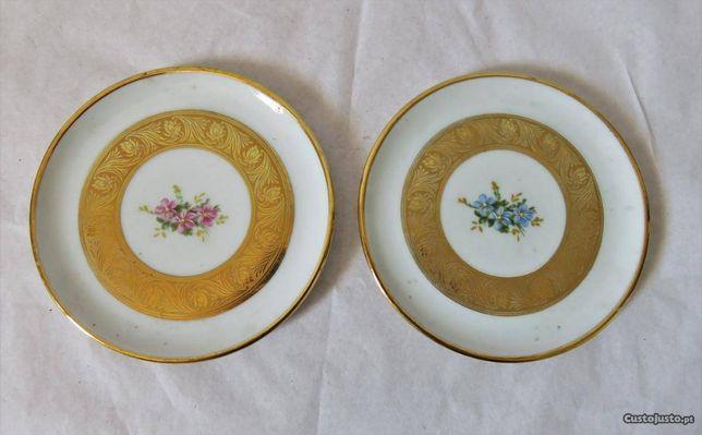 Pratos decorativos Bavarya com pintura a ouro