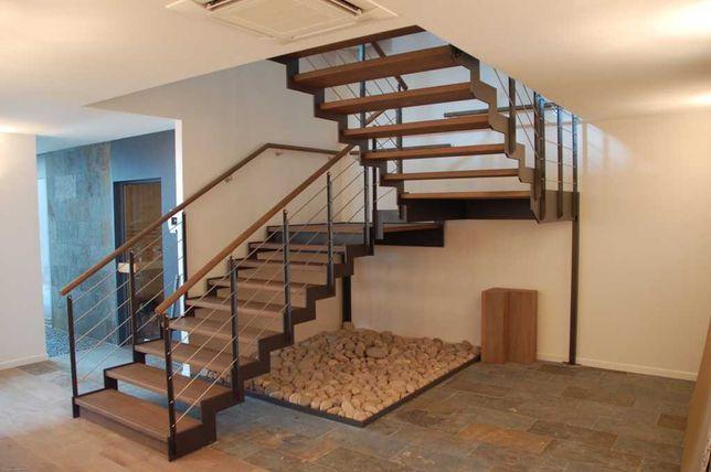 Лестницы. Производство с установкой. Металлоконструкции под заказ.