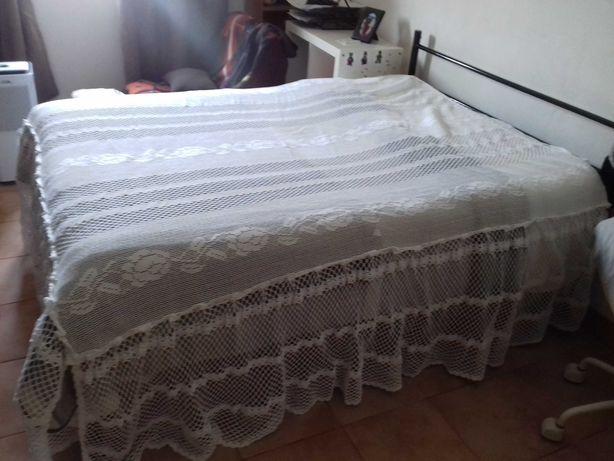 colcha feita a mao para cama de casal
