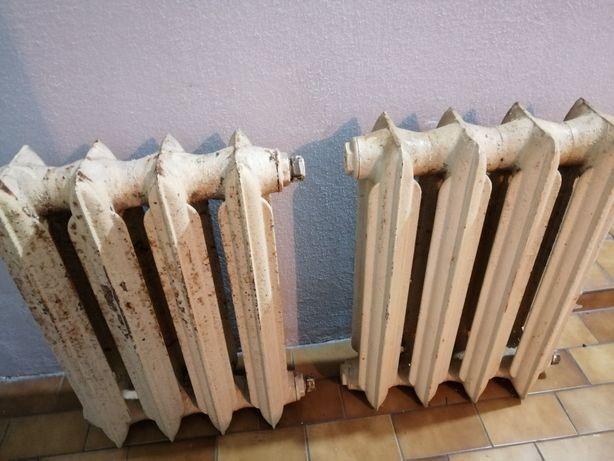 Grzejniki żeliwne 2 x 4 żeberka sprawne