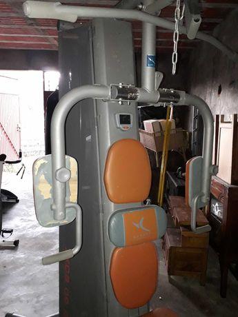 Máquina de musculação polivalente HG 90 Boxe