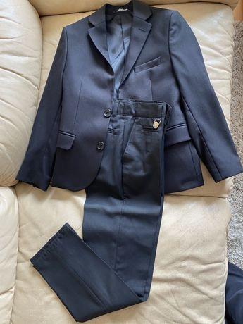 Костюм школьный черного цвета для мальчика