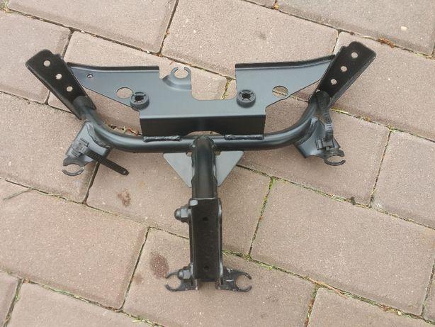 Yamaha FZ8 Fazer stelaż mocowanie czachy
