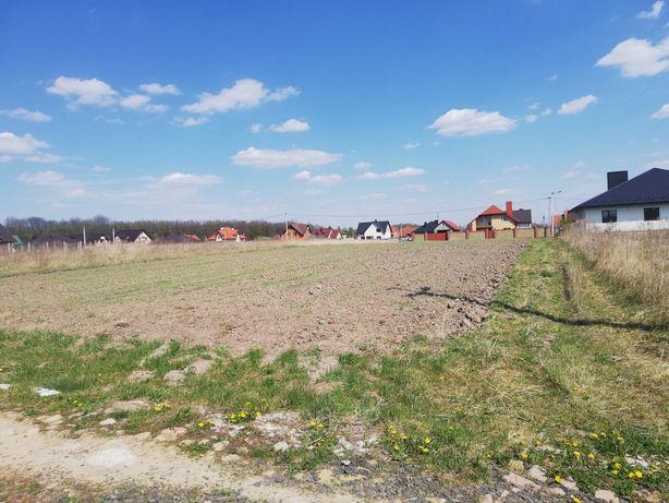 Продам земельну ділянку в с.Забороль