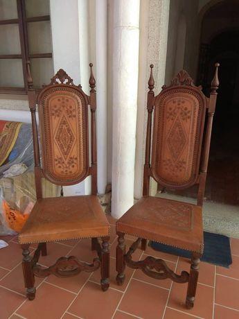Cadeiras de couro e madeira vintage