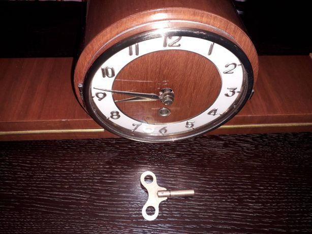 Годинник настільний ( камінний) Німеччина