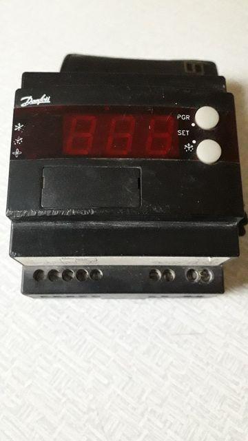 Контроллер температуры ЕКС 301 Danfoss