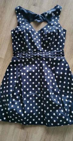 Sukienka z wykrojonym sercem z tyłu r. S/M