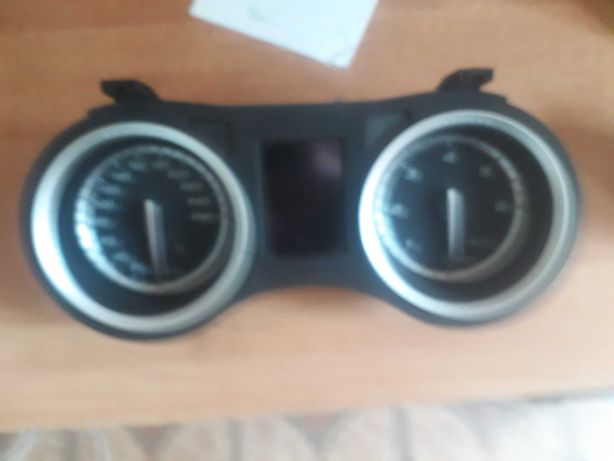 Licznik zegary Alfa Romeo 159