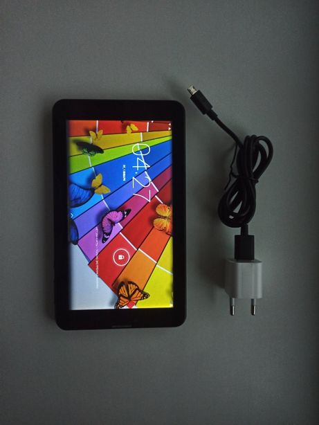 Продам планшет Hit 3G