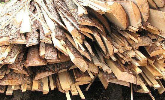 Дрова - сосновые обрезки (горбыль)