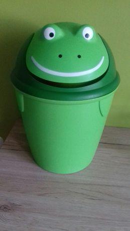Kosz żabka na śmieci