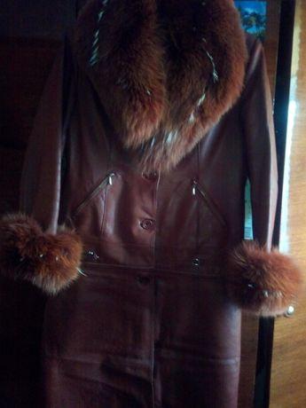 Пальто жіноче (шкіряне)