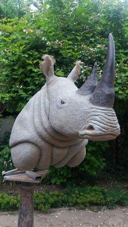 Чучело носорога. Скульптура