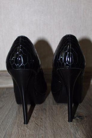 Туфли женские кожаные как новые