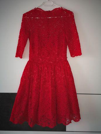 Czerwona koronkowa sukienka LOU r. 36
