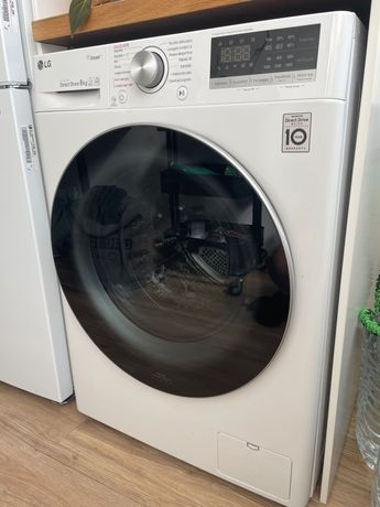 Máquina de Lavar Roupa LG - 8kg AI DD™, Steam™ - 350€