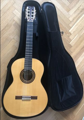 Gitara CUENCA 50 R Cedr wraz z pokrowcem RITTER RGP5