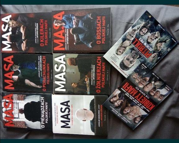Książki MASY i dwa filmy