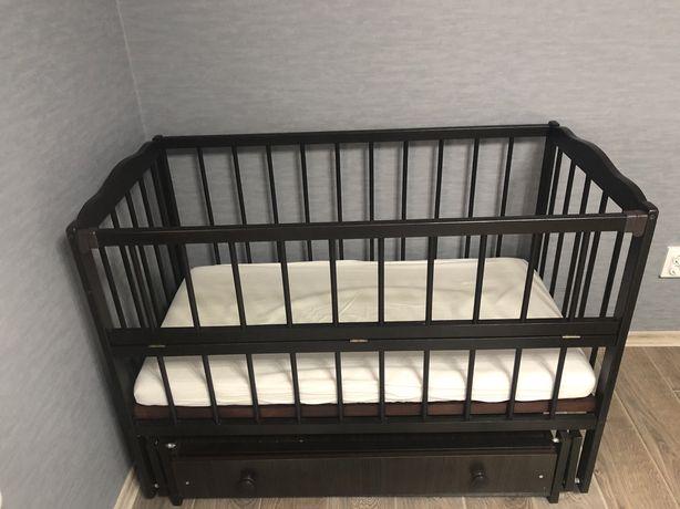 Дитяче ліжечко+пеленальний комод