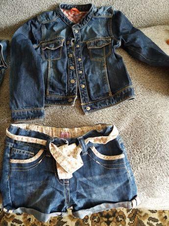 Продам джинсовую куртку на девочку