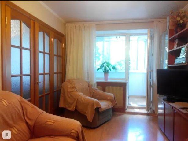 Продам 3-х комн квартиру на Черемушках. Средний этаж
