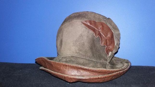 """Головной убор модель """"Шляпка"""" с декором из натур. замши/кожа"""