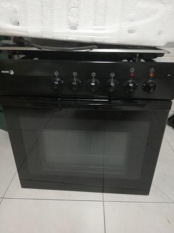 Conjunto forno e placa