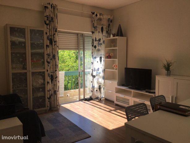 Apartamento, 2 quartos, Lisboa, Alto Sto Amaro