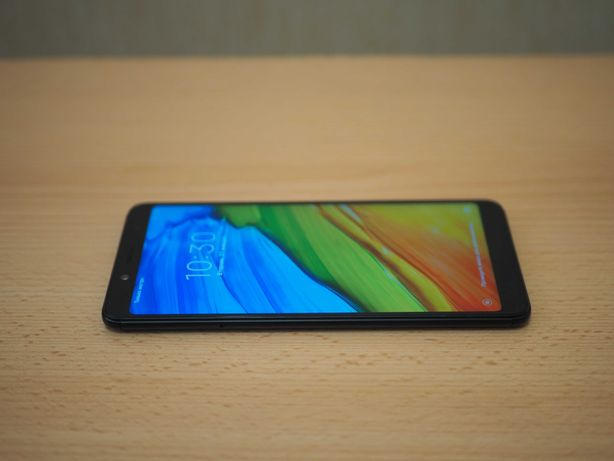 Смартфон Xiaomi Redmi Note 5 4/64GB Black Qualcomm Snapdragon 636
