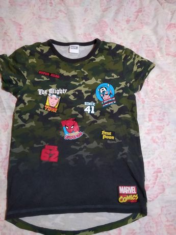 Крутая супергеройская футболка Marvel