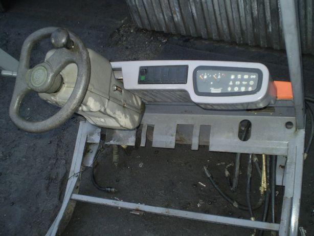 Wózek widłowy Toyota BT części, konsola, zegary, kolumna kierownicza