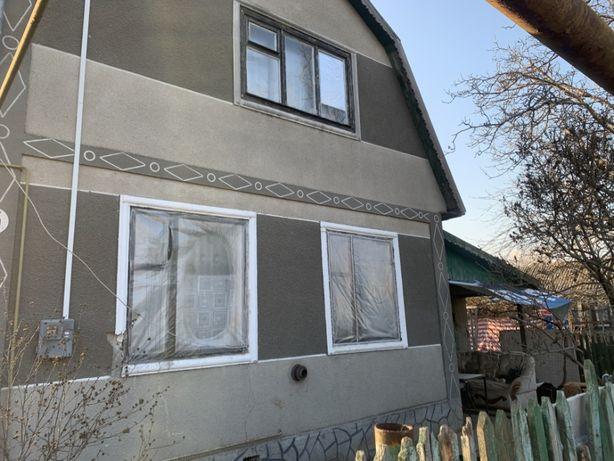 Капитальный дом в пригороде Черноморска