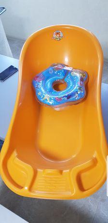 Ванночка и круг для купания малыша