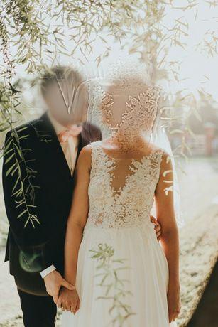 Lekka zwiewna suknia ślubna