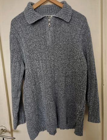 Niebieski sweter damski