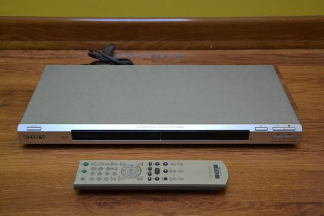Odtwarzacz CD, DVD Player - SONY