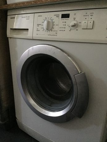 Máquina de Lavar a Roupa SIEMENS siwamat XL128 festival