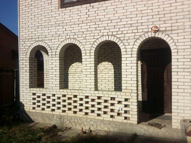 Продається будинок у центрі міста Вижниця,137кв.м.