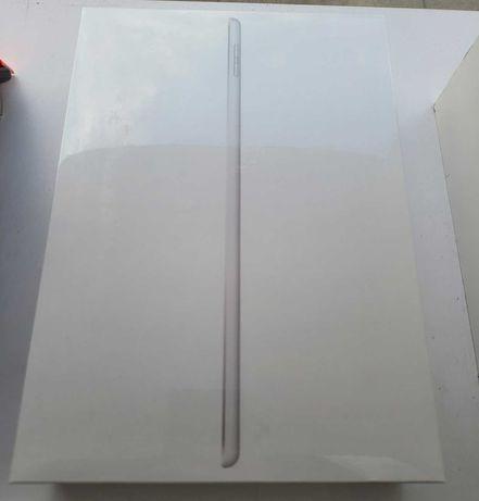 iPad 10,2 8 gen wifi zafoliowany 128gb silver nowy
