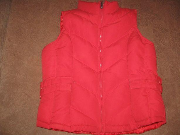 Жилетка куртка безрукавка камізелька тепла розмір 40