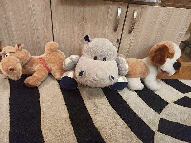 Мягкие игрушки бегемот, верблюд, собака