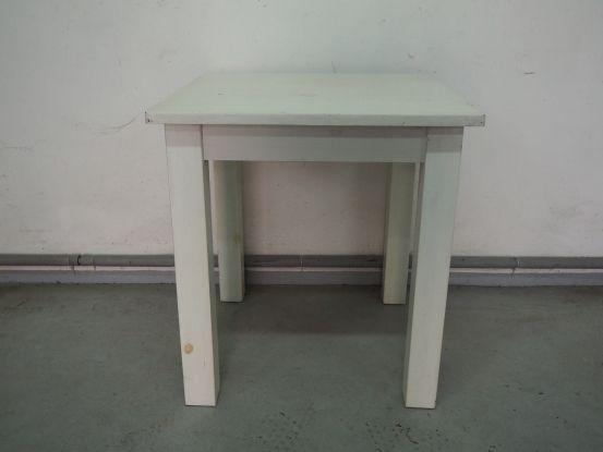 Jasny kwadratowy stół sosnowy 70 cm 792